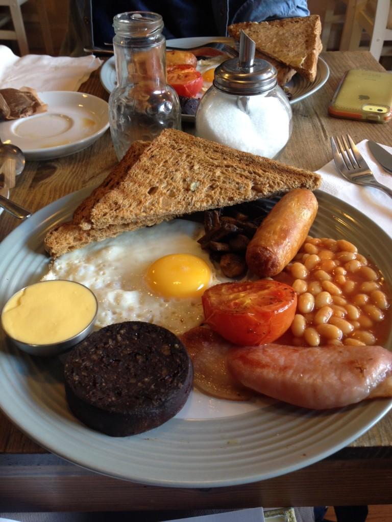 irish fry, fry up ireland, breakfast ireland, irish breakfast, goose on the loose