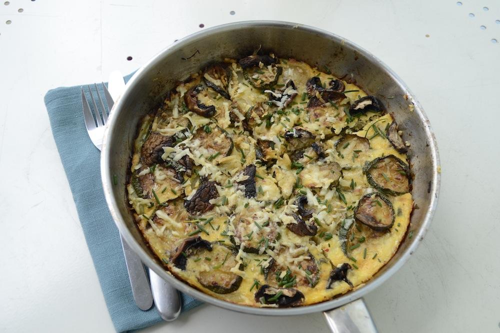spanis tortilla, tortilla in pan, potato tortilla, full spanish omelette,