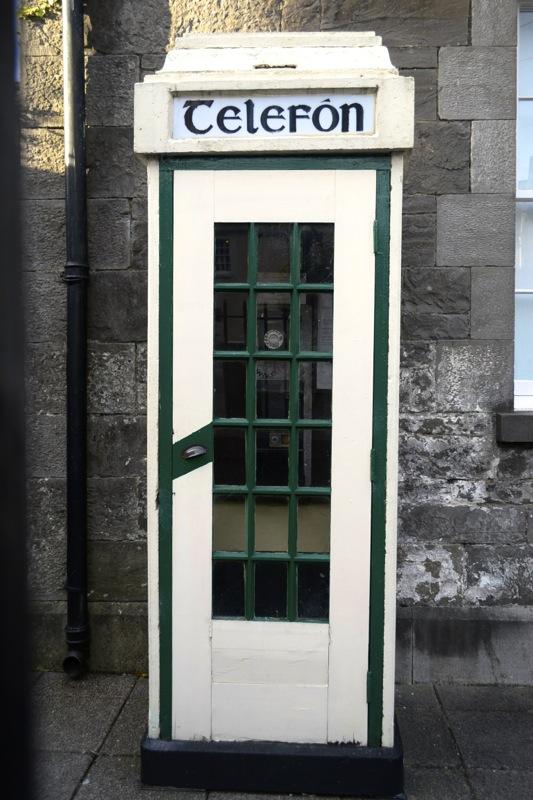 telephone box ireland, telefon ireland, irish telephone, telefon,