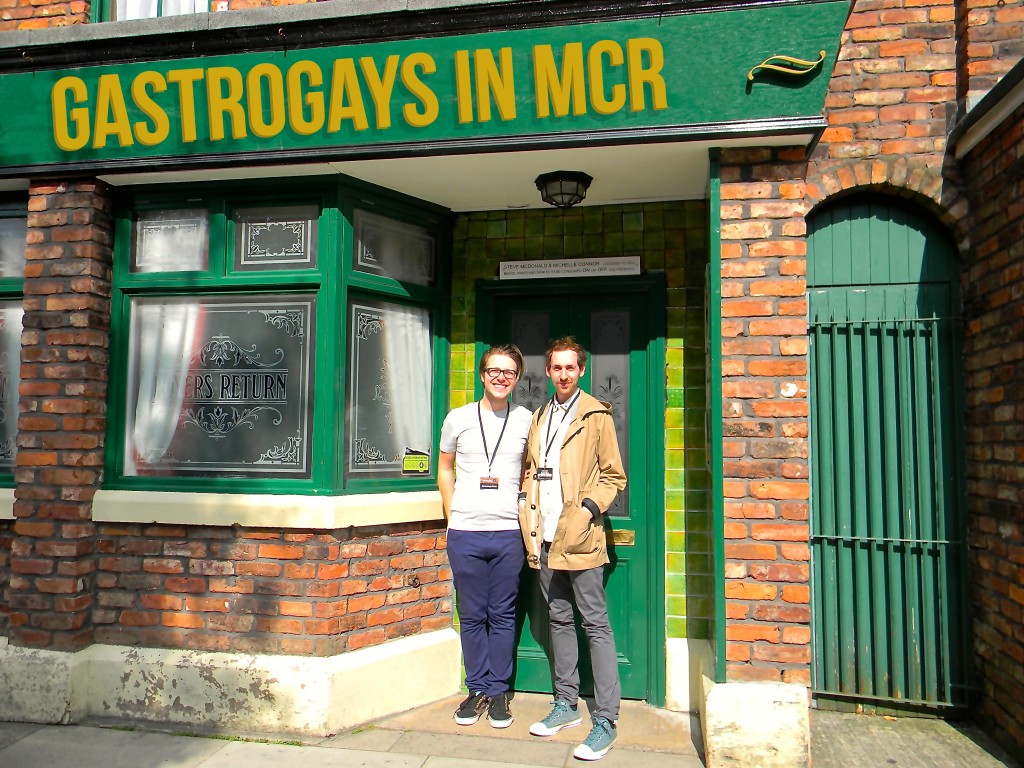 coronation street tour, gastrogays, manchester, rovers return,