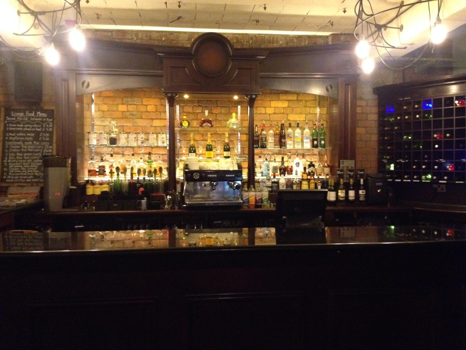 victoria warehouse manchester bar