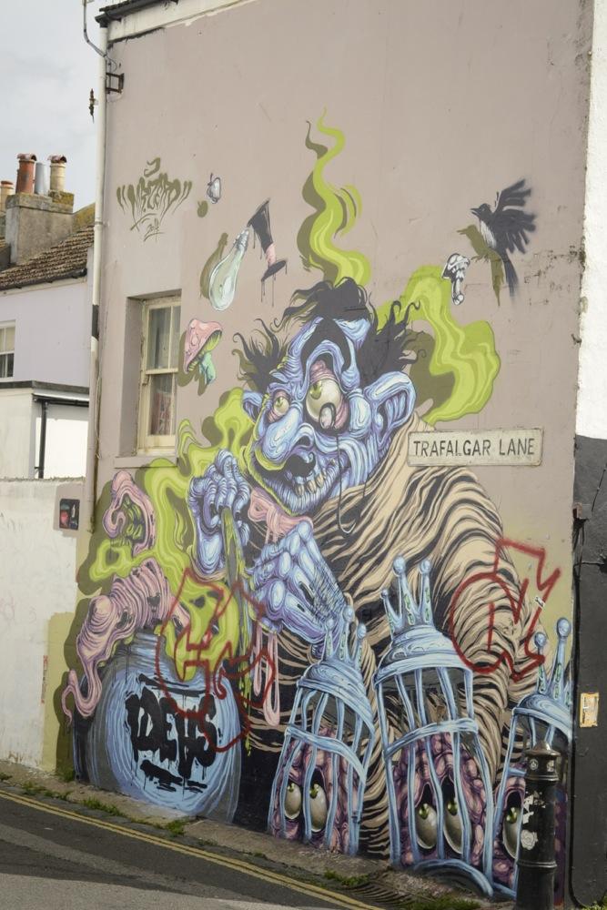 trafalgarlane_graffiti