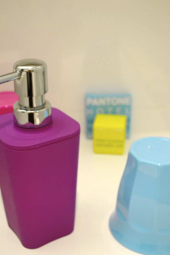 pantonetoiletries