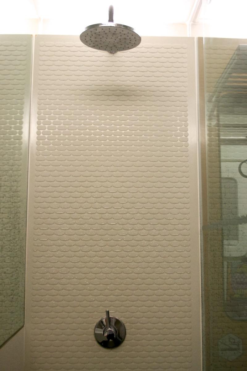 shower yotel