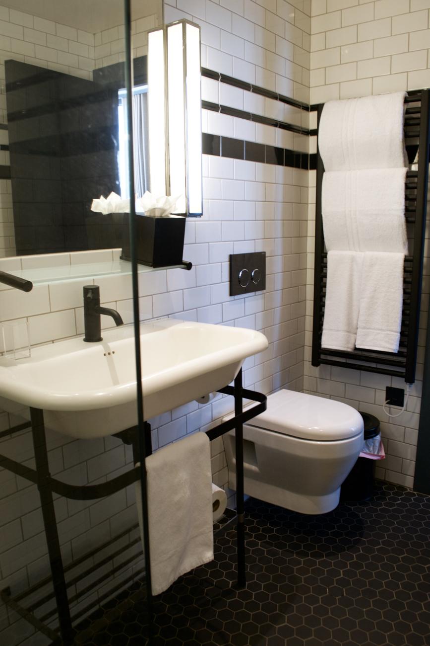 Bathroom Sinks Dublin sink bathroom dean hotel dublin | gastrogays
