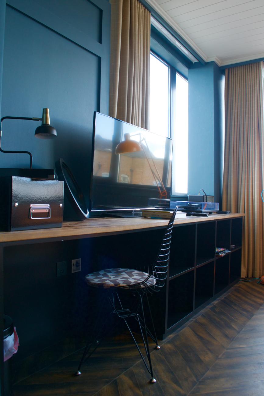 tv station desk dean hotel dublin