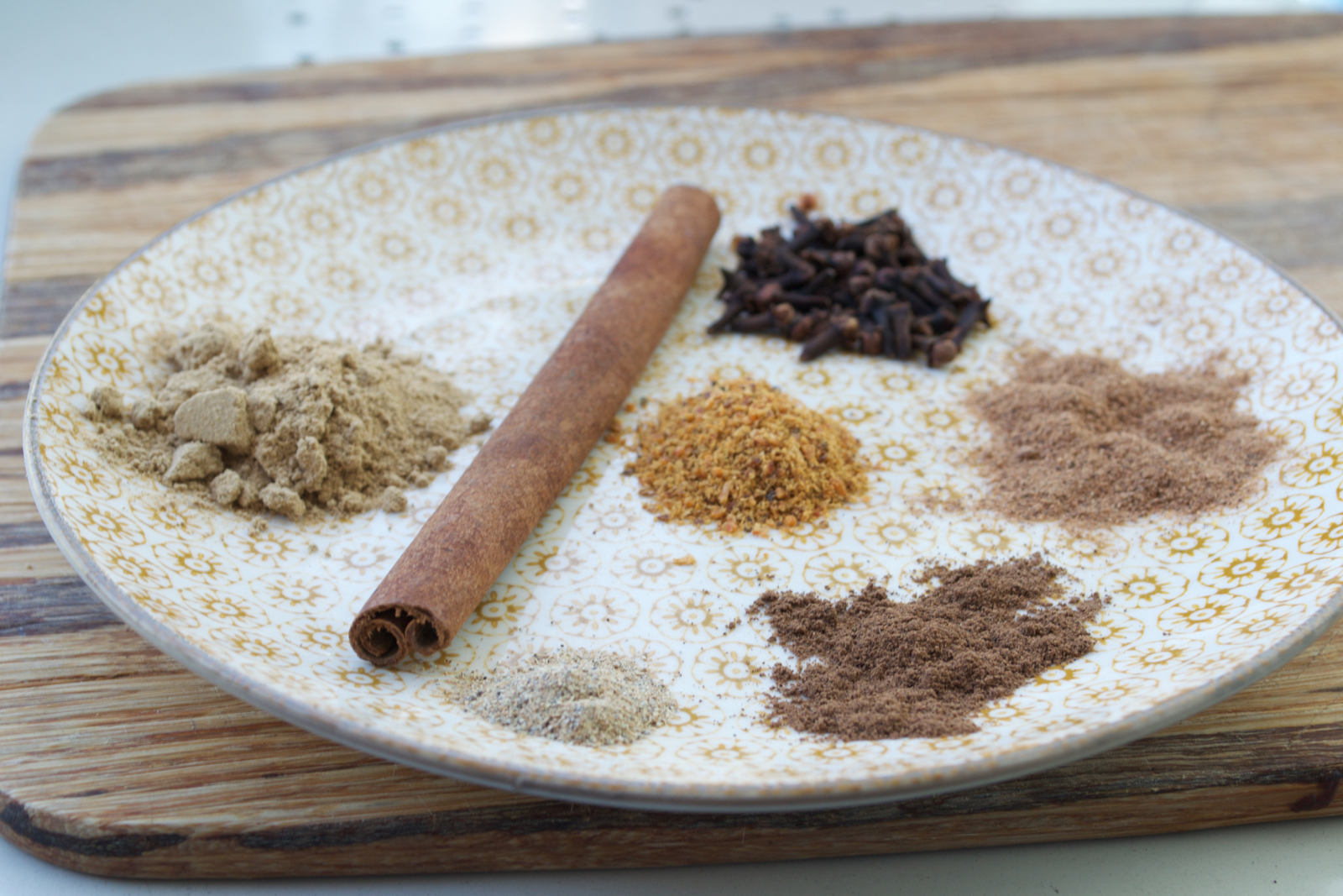pumpkin spice mix, autumn spices, winter spices, dried spices duck, spiced duck, homemade pumpkin spice, spices with pumpkin, sweet spice duck