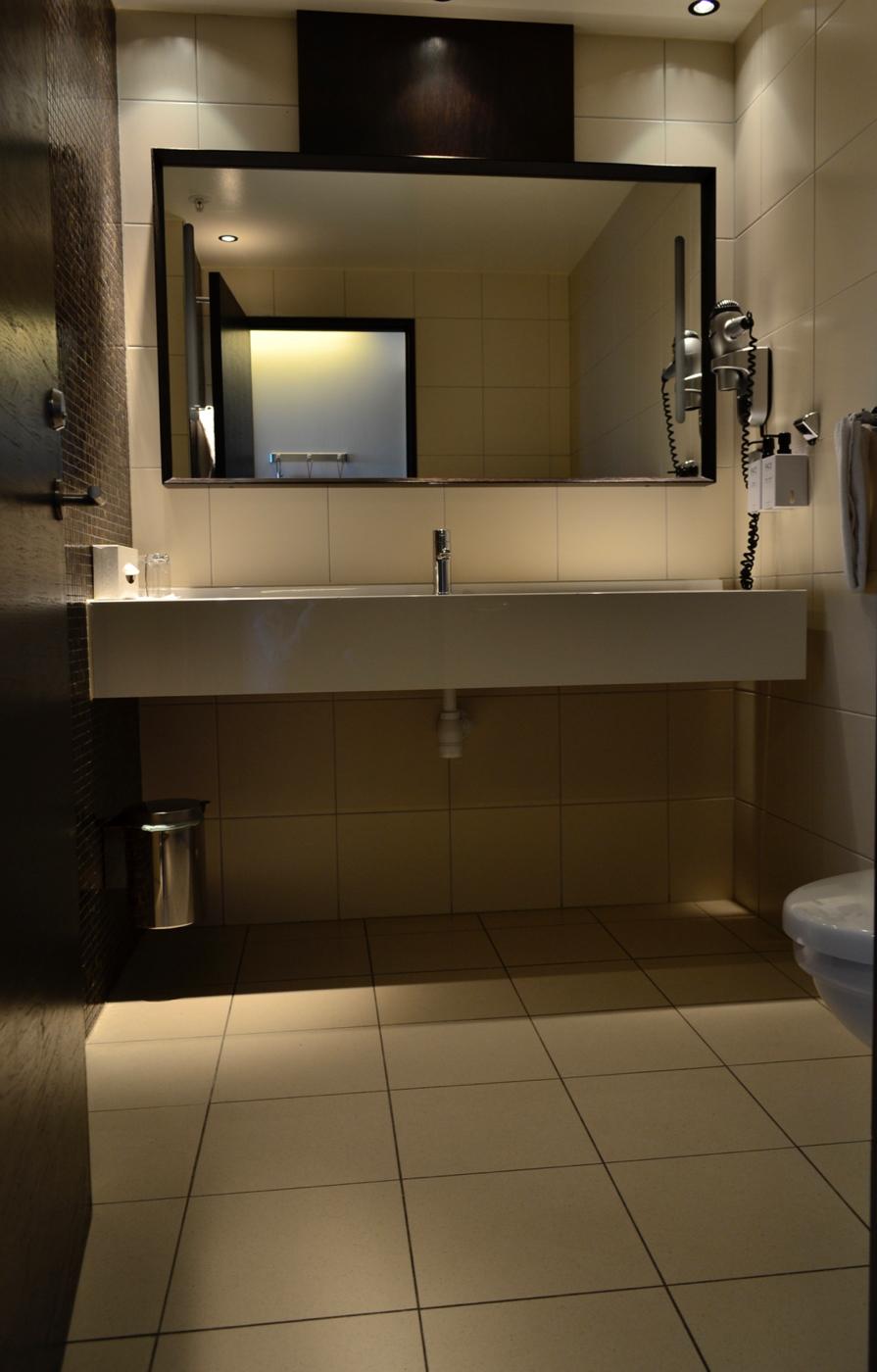 scandic anglais bathroom stockholm