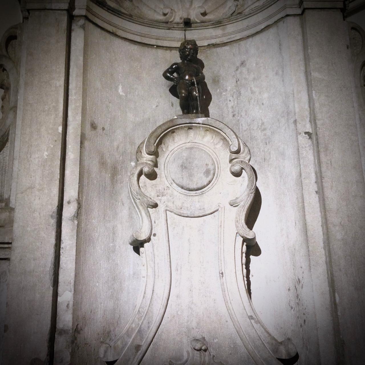 Mannekin Pis Brussels statue