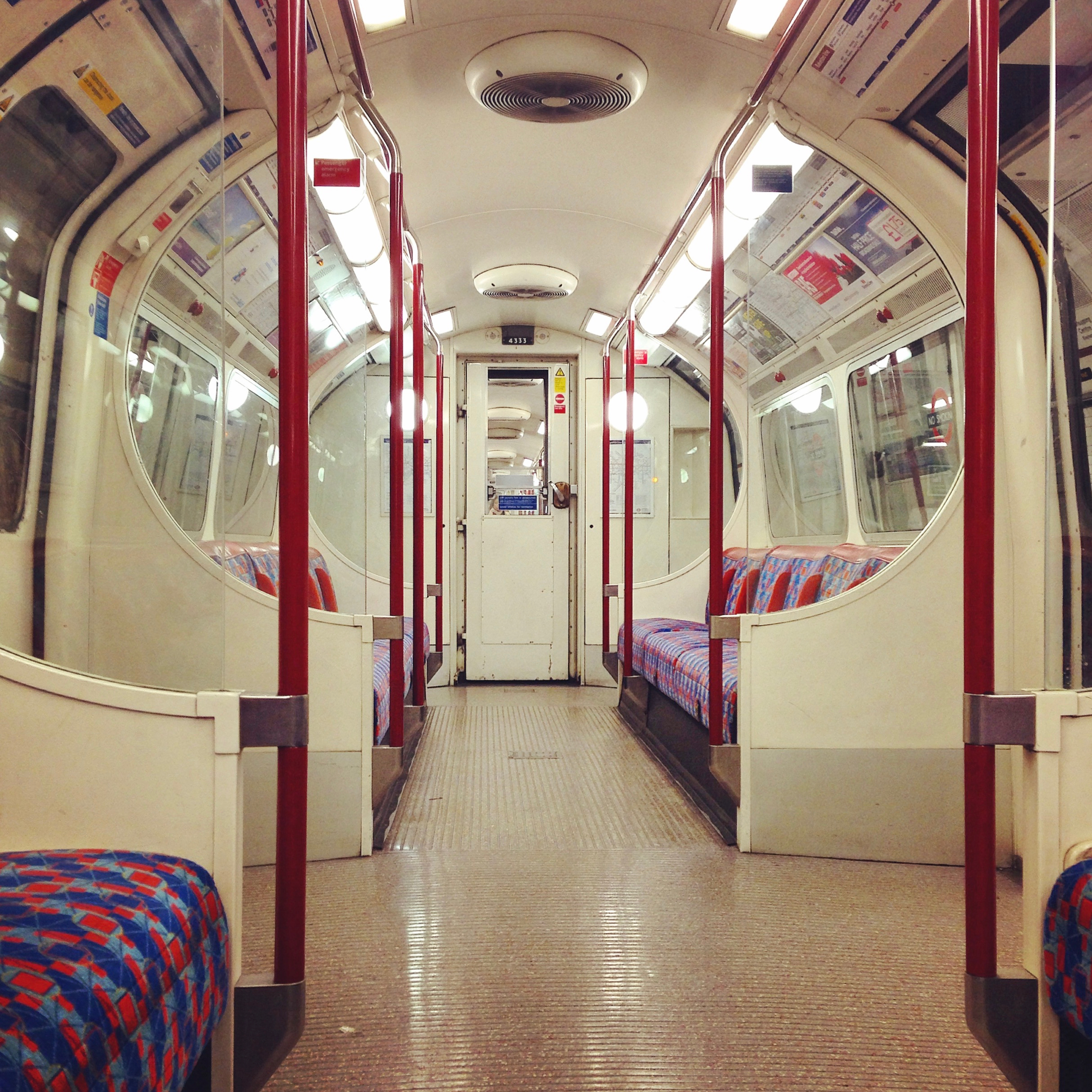 London empty tube carriage gastrogays