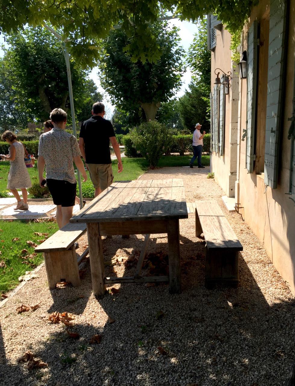 group arriving bauquiere vineyard provence wine tour