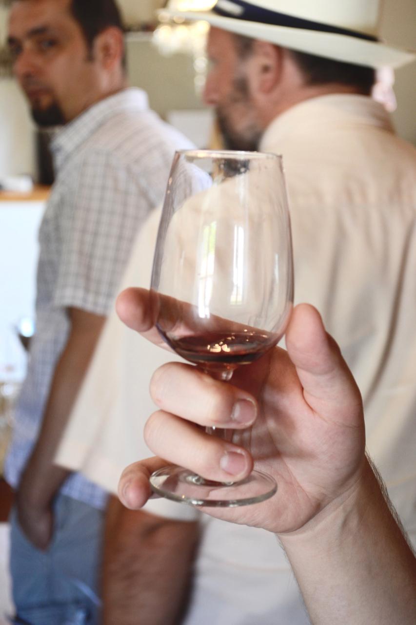 wine sample chateau dorgonne provence tour