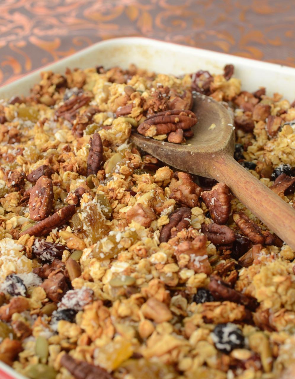 granola recipe, healthy granola, sugar-free granola, granola simple recipe, fast granola, homemade granola, diabetic granola, fruit nut granola, gastrogays granola, gastrogays recipe