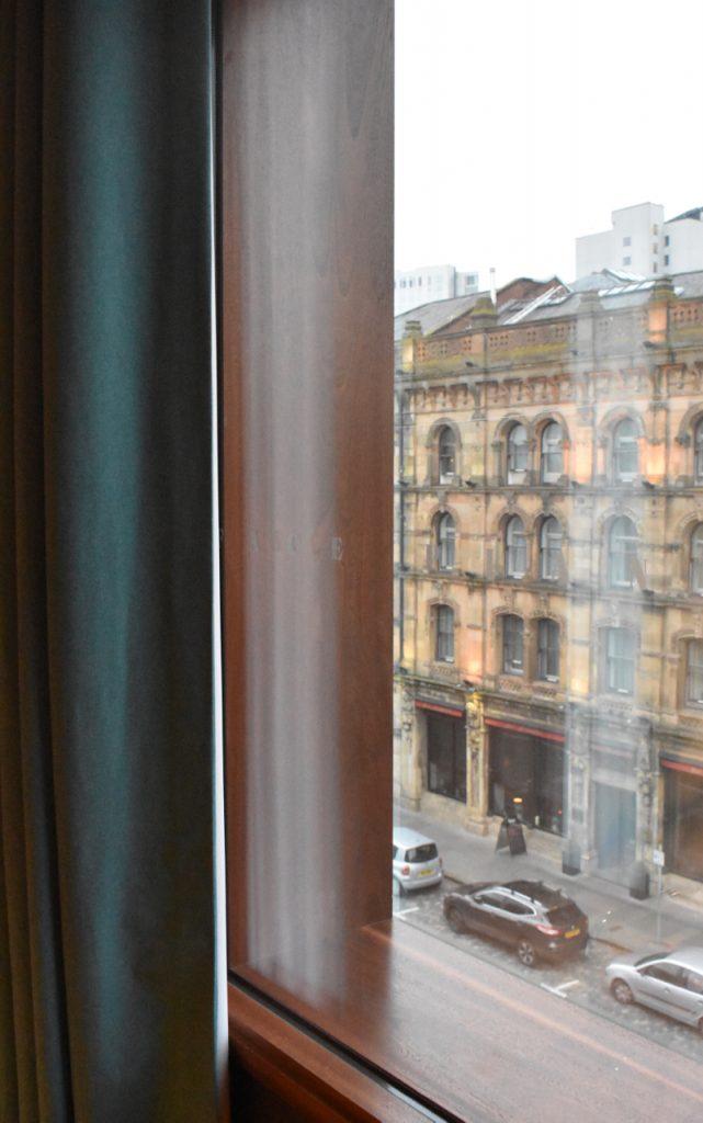 bullitt belfast window view gastrogays