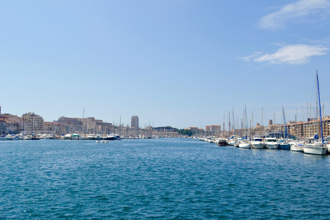 marseille vieux port view gastrogays city harbour