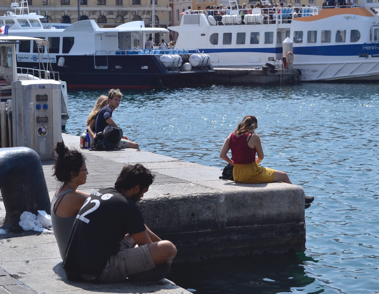 port dock marseille boat tour gastrogays