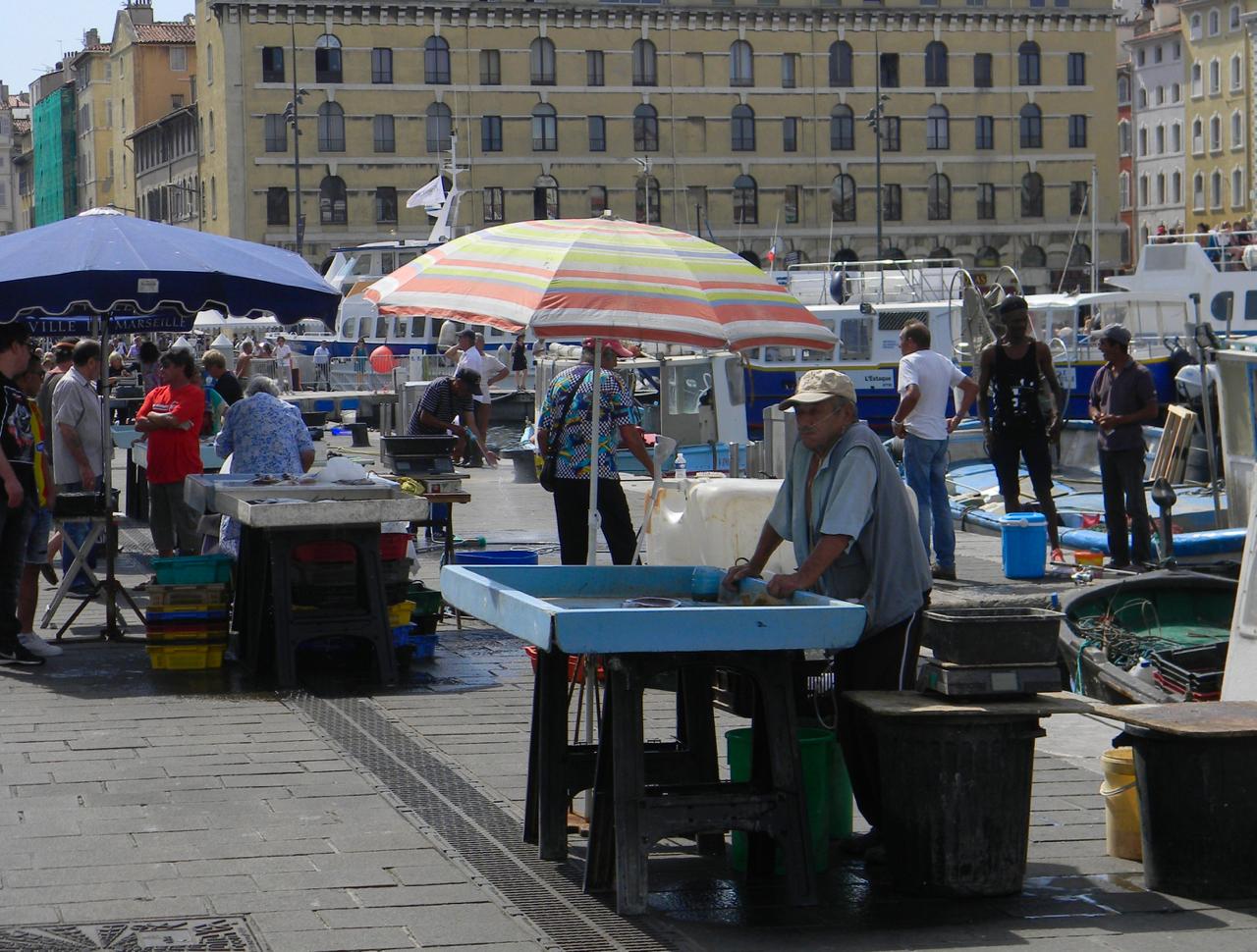 quai des belges marseille fish stall market gastrogays