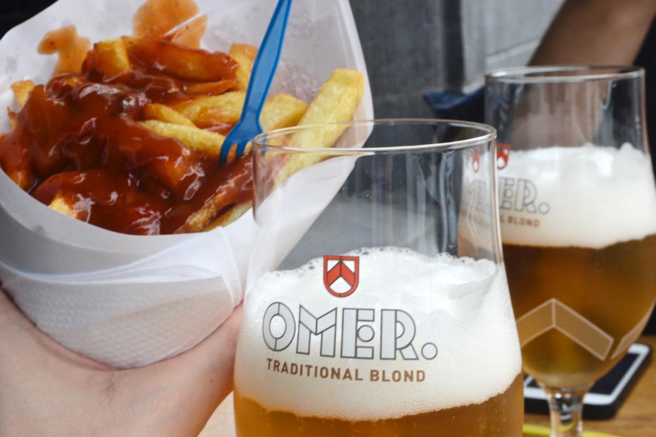 antoine gastrogays frites chips brussels omer blond beer