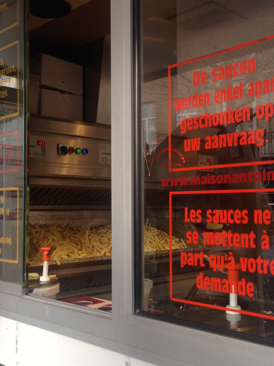 hatch maison antoine place jourdan brussels gastrogays frites