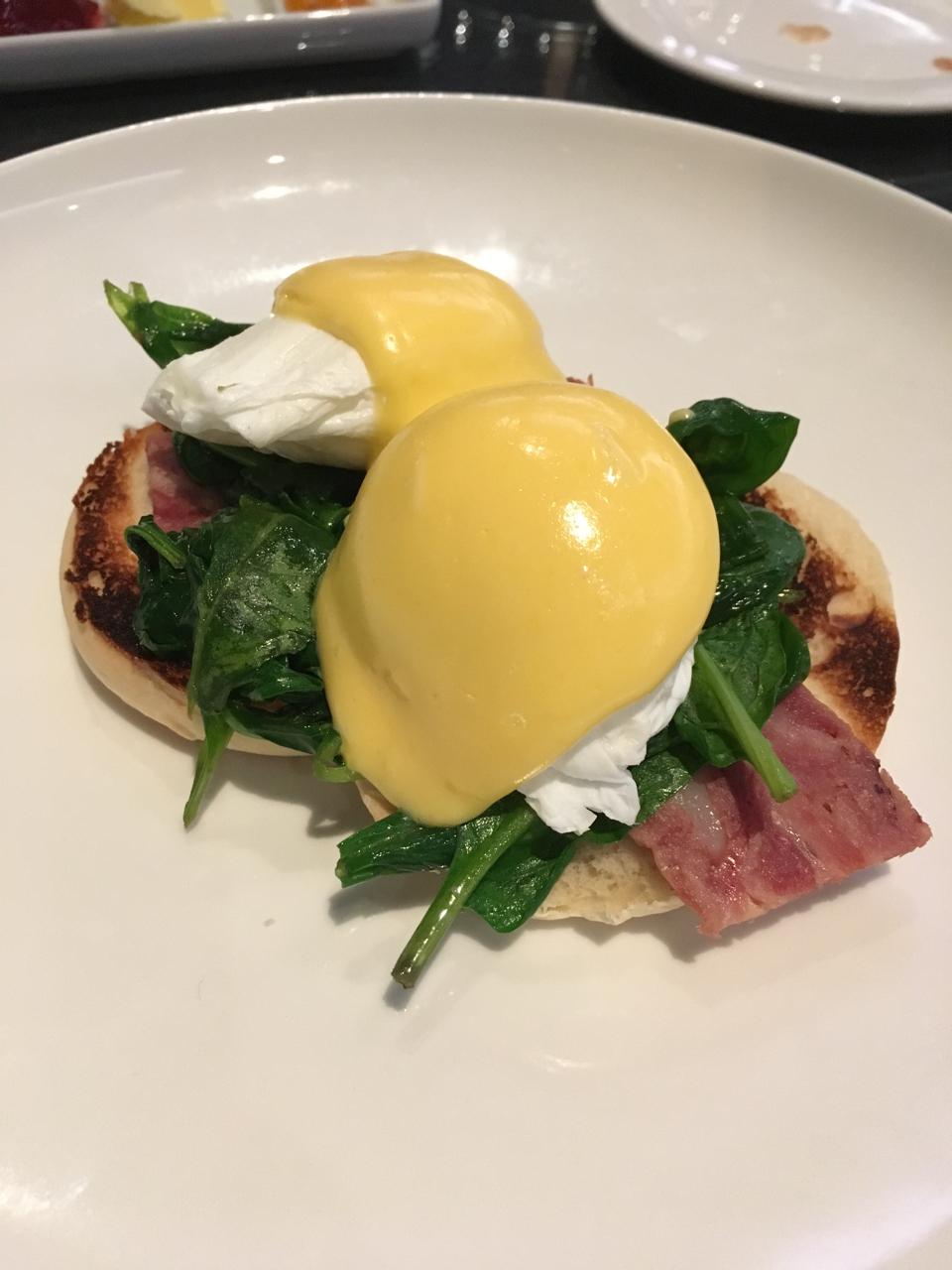 Perfect Eggs Benedict G Hotel Galway breakfast gastrogays