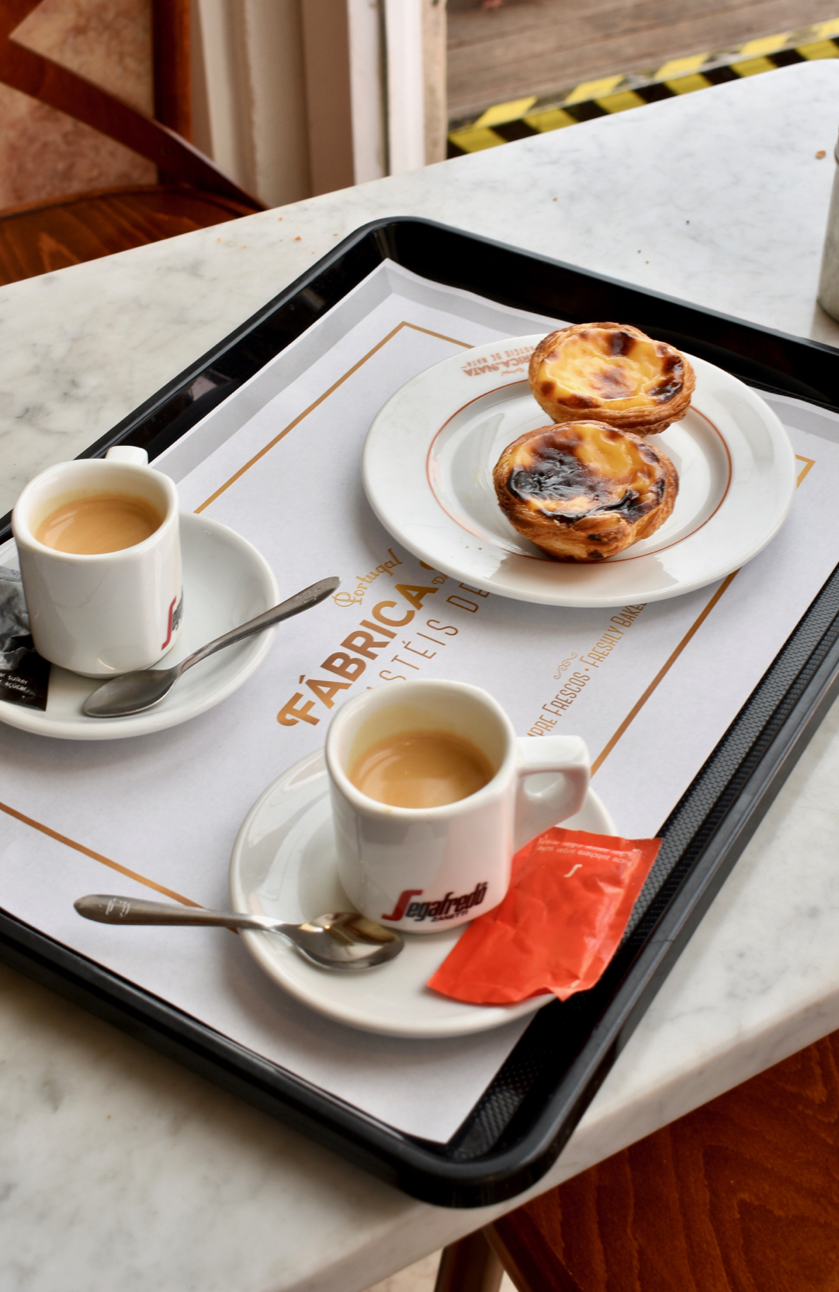 best pastel de nata isbon food, lisbon food, custard tarts lisbon, pasteis de nata lisboa, eurovision lisbon, eurovision portugal 2018, gastrogays lisbon, irish travel blogger, lisbon food blog travel, lisbon travel blog, restaurants lisbon food, travel food lisbon, travel tips lisbon