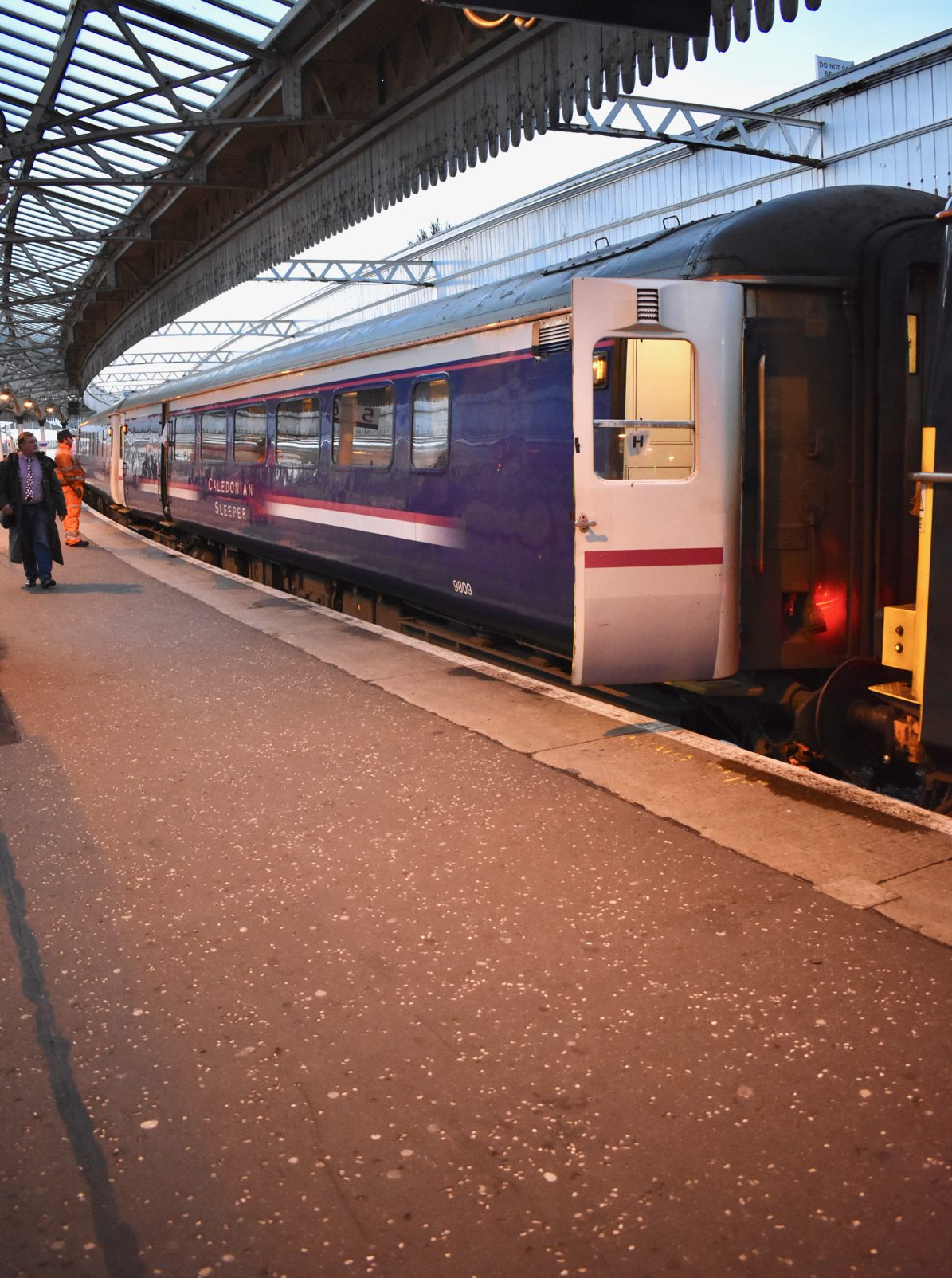 Caledonian Sleeper Travelling From London To Scotland