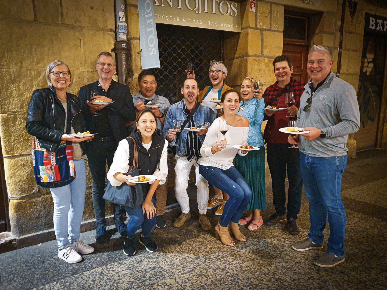 best pintxos bars San Sebastián, Donostia San Sebastián restaurant guide, gastrogays San Sebastián, gastrogays travel blogger San Sebastián, order pintxos San Sebastián, pintxos Donostia, pintxos tour San Sebastián, travel food blog San Sebastián,