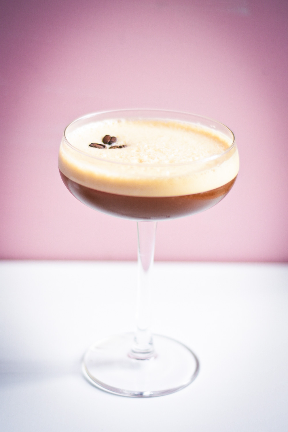 classic espresso martini recipe, ultimate espresso martini recipe, blog drinks espresso martini, martini blog, Irish espresso martini, Irish coffee espresso martini, Blonde espresso martini, GastroGays Espresso Martini, GastroGays Blonde Espresso Martini, GastroGays cocktail, kahlua espresso martini alternative, coffee liqueur espresso martini alternative, vodka espresso cocktail, Black Twist Espresso Martini,