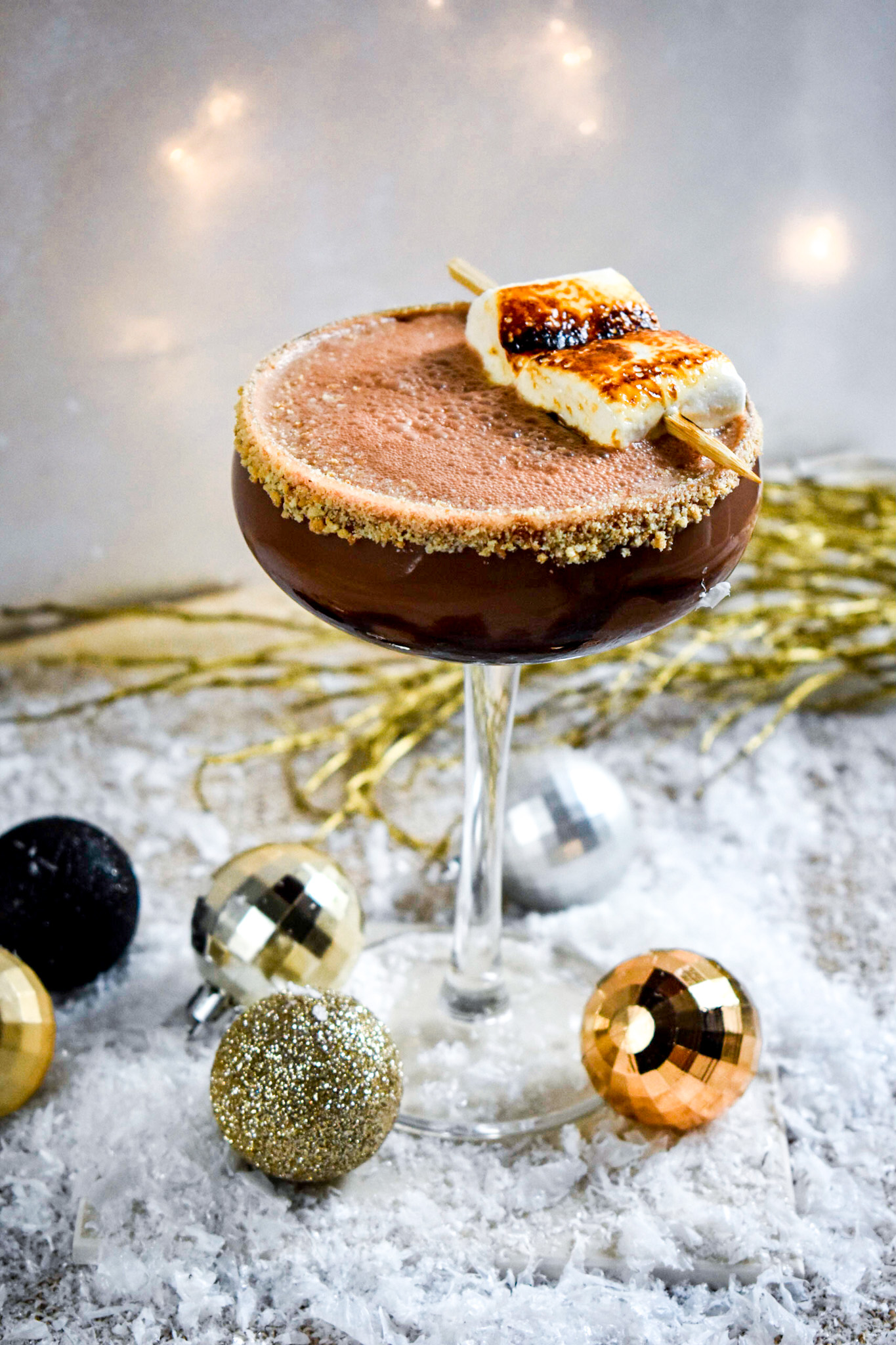 Toasted Smore Cocktail, Smores cocktail, Smore cocktail, chocolate cocktail ideas, chocolate s'more cocktail, s'more cocktail, toasted marshmallow cocktail, toasted marshmallow garnish, toasted marshmallow drink, cocktail ideas marshmallow, cocktail ideas chocolate, gastrogays Lidl cocktail, Gastrogays cocktail, GastroGays cocktail classes, cocktail events gastrogays